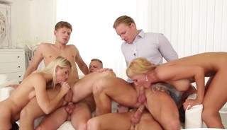 Jizzcovered stud getting drilled during orgy